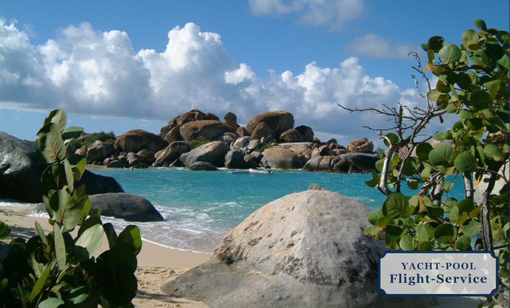 Flüge zur Segelyacht in die Karibik. Strand, Meer, Natur, Pflanzen, Britische Jungferninseln, Tortola, segeln, Segelyacht